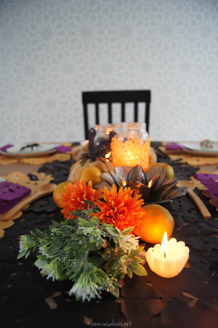 A beautiful Halloween & Day of the Dead tablescape / Una hermosa mesa para Halloween y Día de Muertos - Casa Haus Deco
