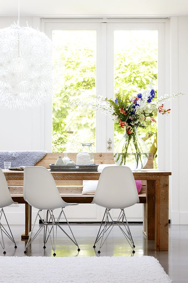 Comedor blanco / White breakfast nook by Esther Jostmeijer / Casa Haus