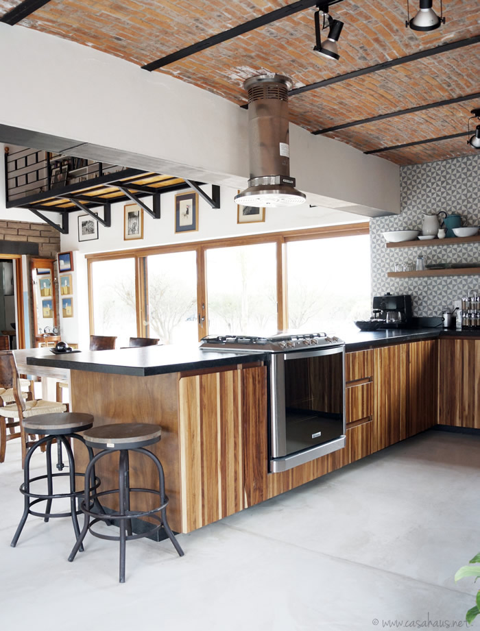Renovaci n de cocina estilo r stico industrial casa haus decoraci n Kitchen design center el segundo
