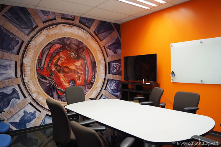 BMC Software corporate office design (paint and decal only makeover) / Transformación de oficinas con sólo pintura y viniles por Casa Haus Deco