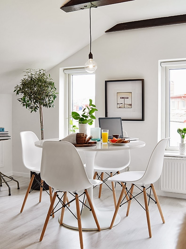15 ideas para decorar las paredes de tu comedor casa for Lamparas para apartamentos pequenos