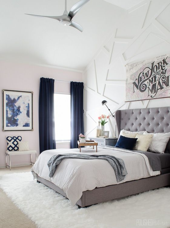 Navy blue bedroom / Dormitorio en blanco, gris y azul marino