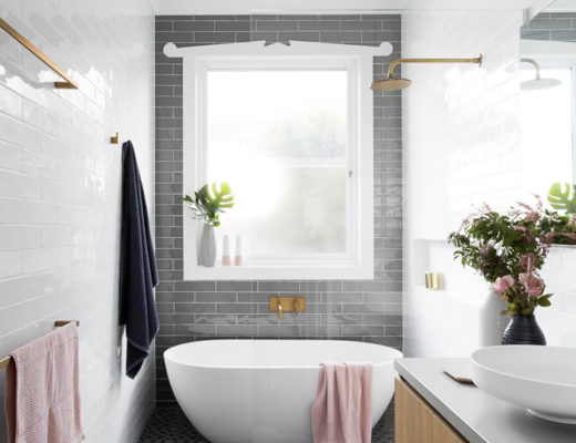 Lovely white and gray bathroom / Lindo baño blanco, gris y azul / Casa Haus Deco